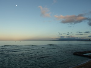 Moon at dawn from Honolulu